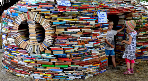 Public Space to Read to Your Kids
